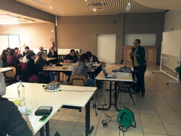 Veel belangstelling voor voorstel werknemersstatuut onthaalouders van LBC-NVK in Sint-Niklaas